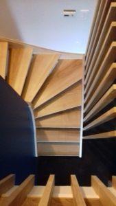 AàZ architectes HLM 01 escalier entrée